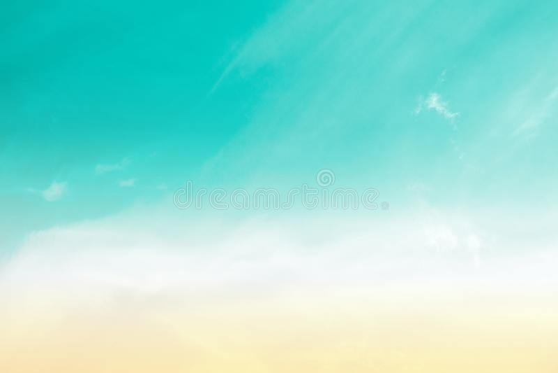 天空柔和的淡色彩 库存照片