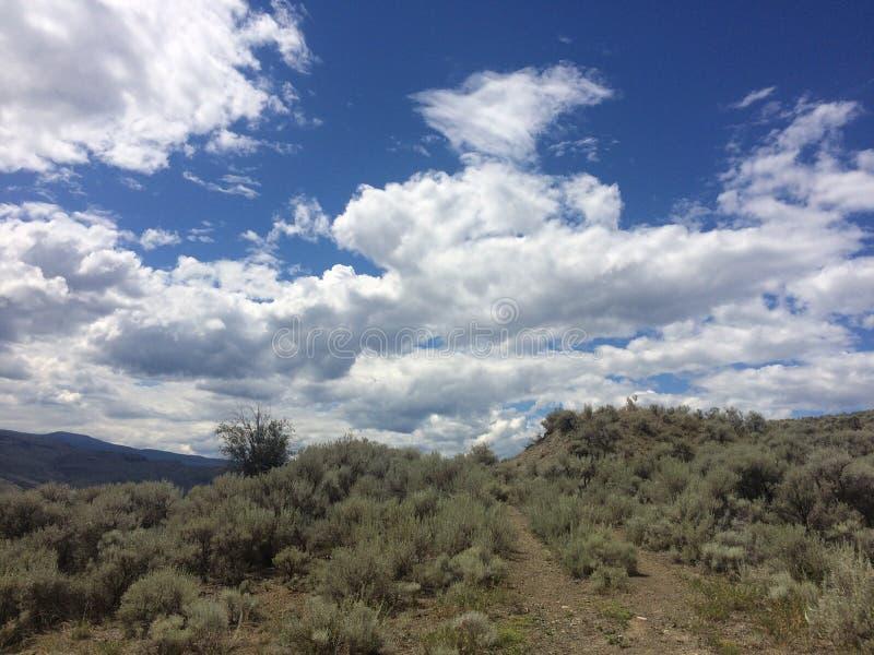 天空的风景山景 免版税库存照片