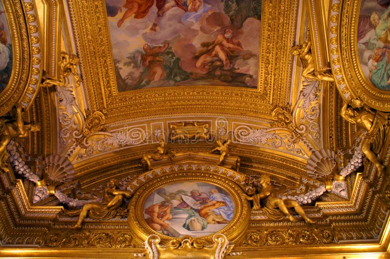 天花板的片段在意大利宫殿在佛罗伦萨 免版税库存照片