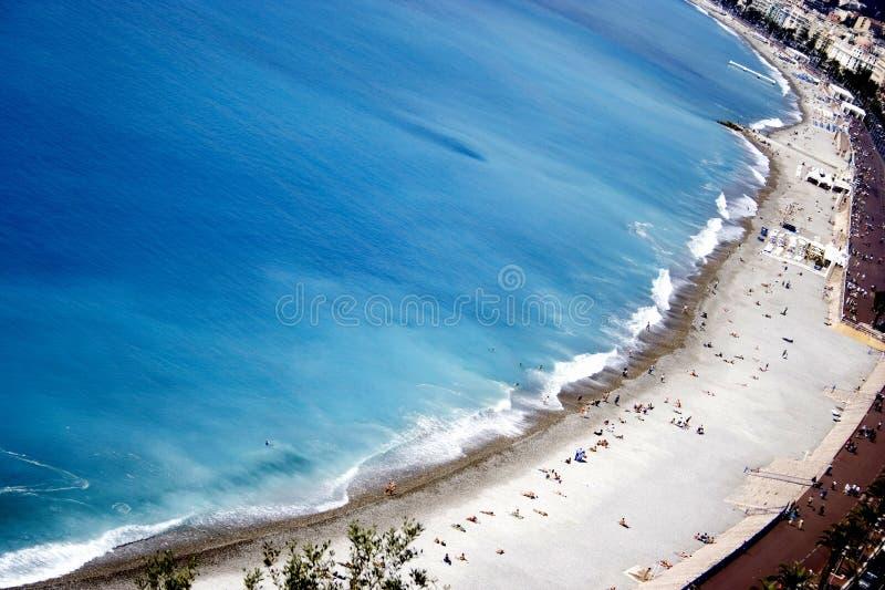 天蓝色的海岸线l 库存照片