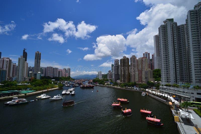 晴天阿伯丁风雨棚在香港 免版税库存照片