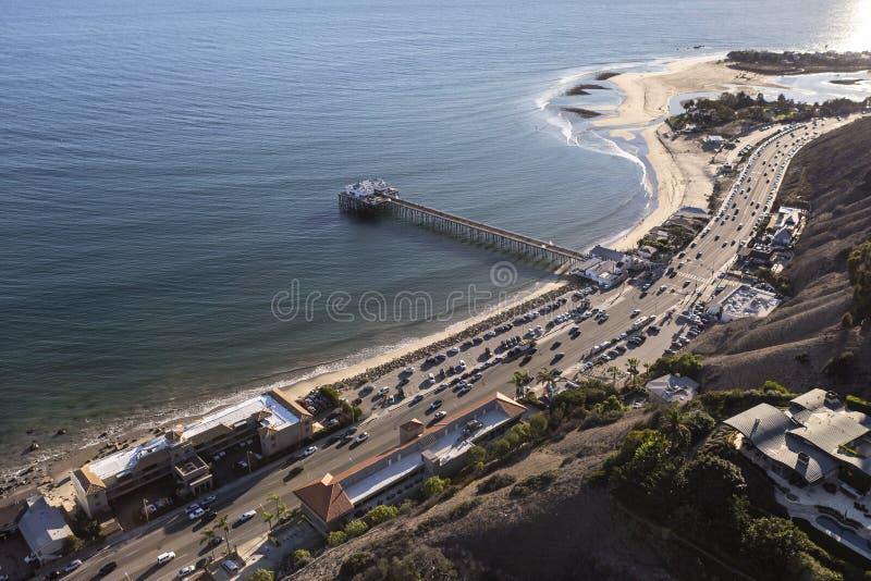 太平洋海岸高速公路和马利布码头天线  图库摄影