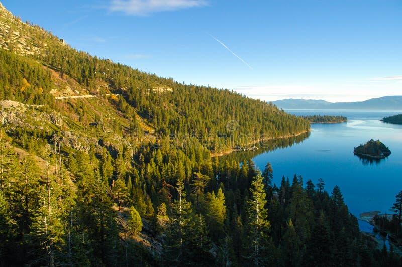 太浩湖的,加州鲜绿色海岛 免版税库存照片