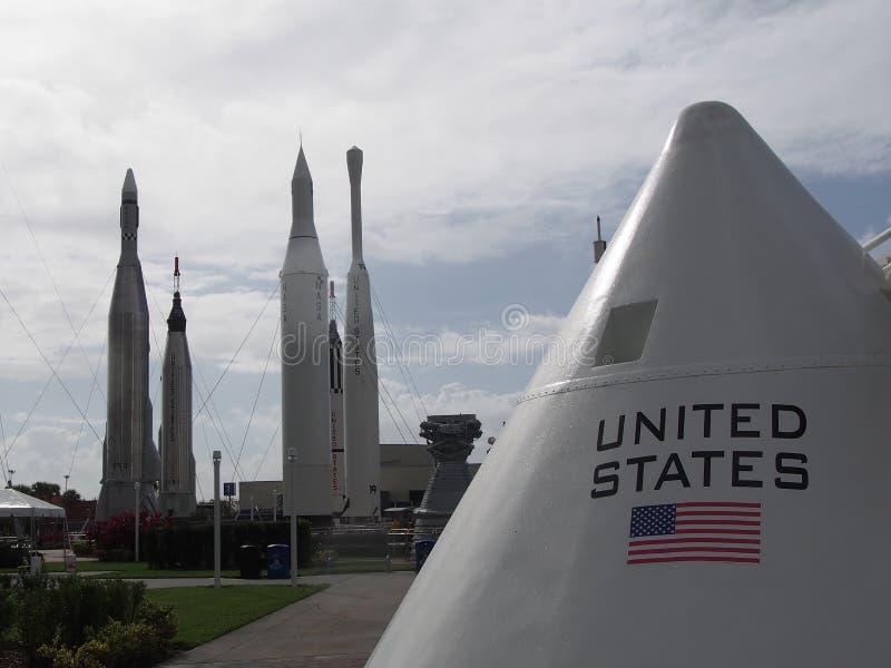 太空舱和火箭队 免版税库存图片