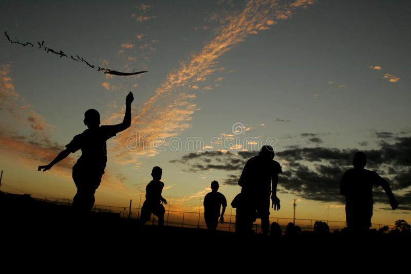 太阳儿童使用 图库摄影