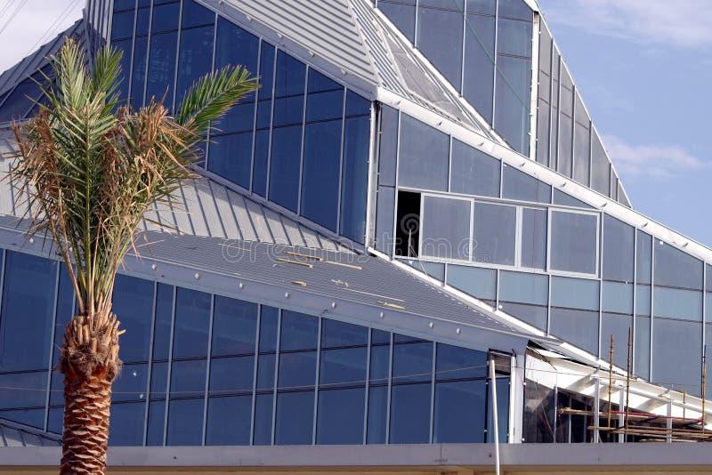 太阳创新中心在迪拜,持续的建筑的细节的图片 免版税库存图片