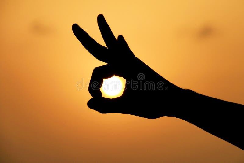 太阳在您的手上 图库摄影