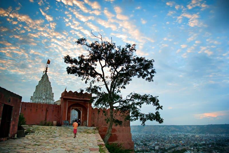 太阳寺庙或猴子寺庙在日落,斋浦尔,拉贾斯坦,印度 免版税库存图片