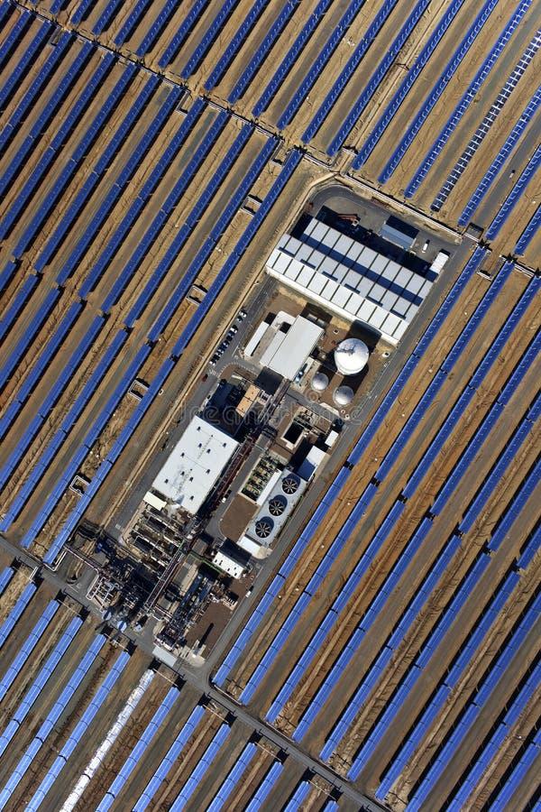 太阳抛物面工厂的次幂 库存图片