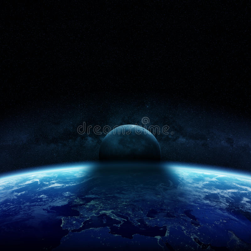 太阳的蚀在行星地球3D翻译元素的  皇族释放例证