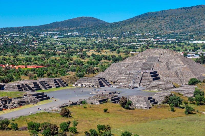 太阳,特奥蒂瓦坎,阿兹台克废墟,墨西哥金字塔  图库摄影