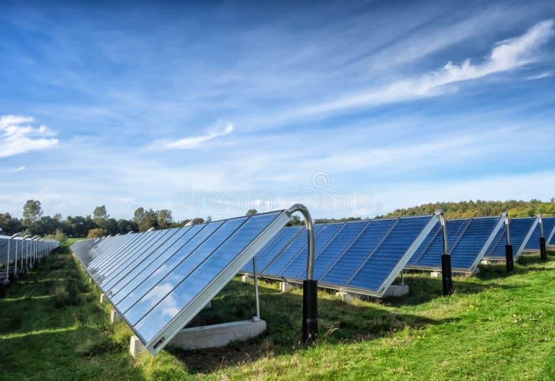 太阳水加热系统,伟大的标度 库存图片
