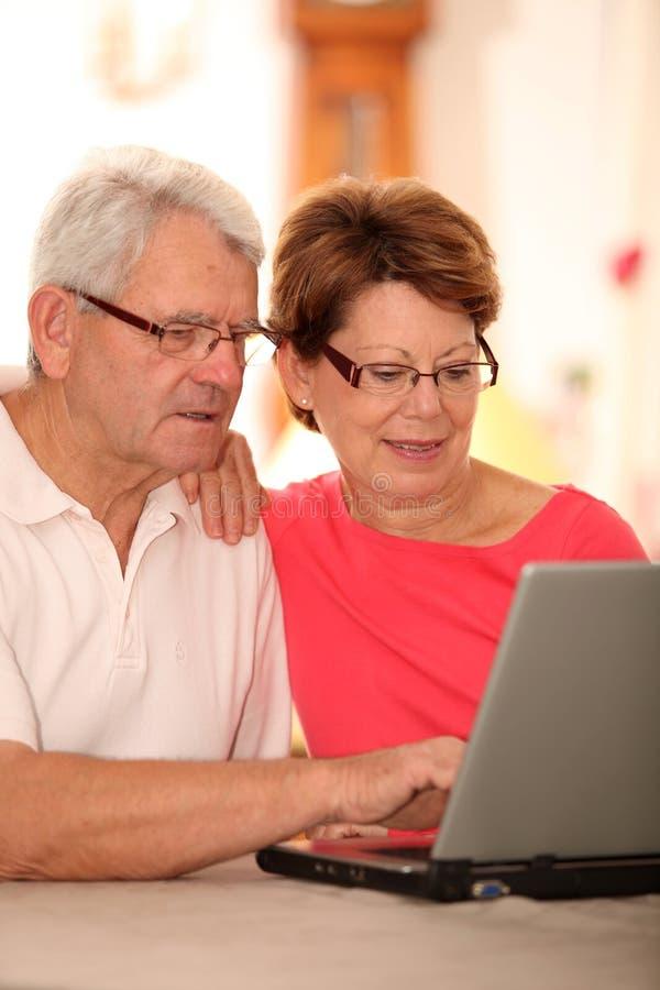 夫妇互联网前辈 库存照片
