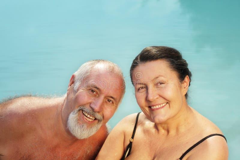 夫妇健康更老 免版税库存图片