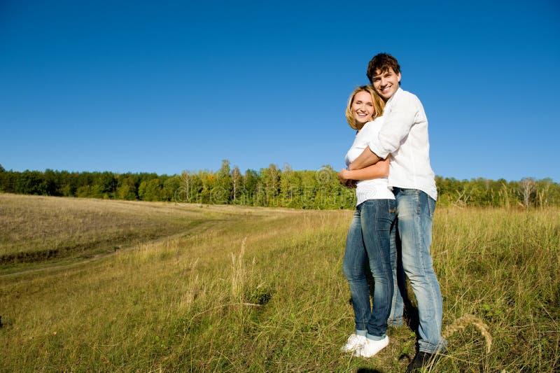 夫妇全长纵向年轻人 图库摄影