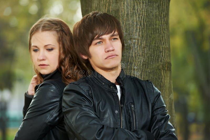 夫妇关系重点年轻人 库存图片