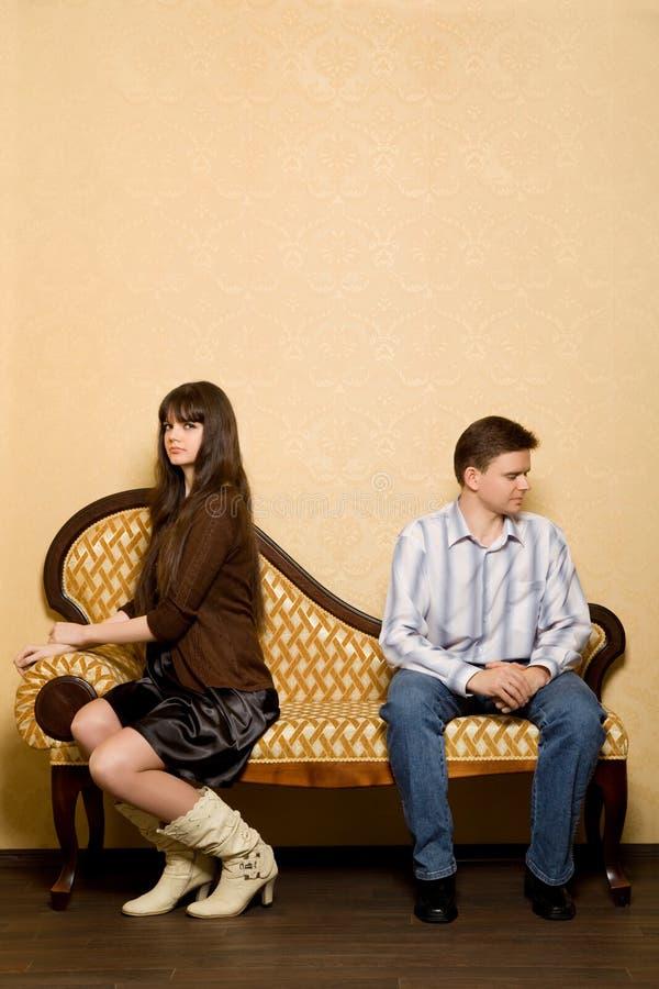 夫妇其中每一对有进攻被采取的其他 图库摄影