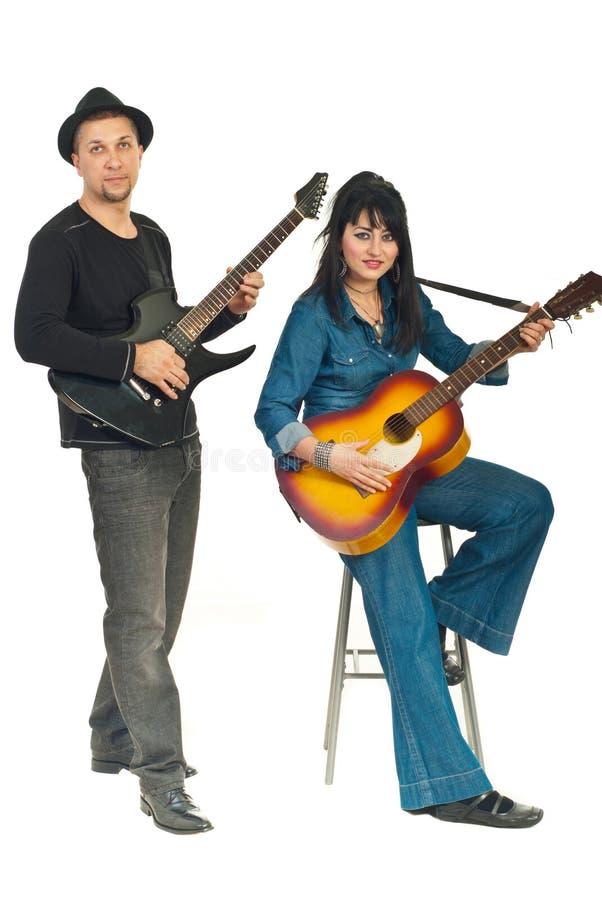 夫妇吉他使用 免版税库存照片