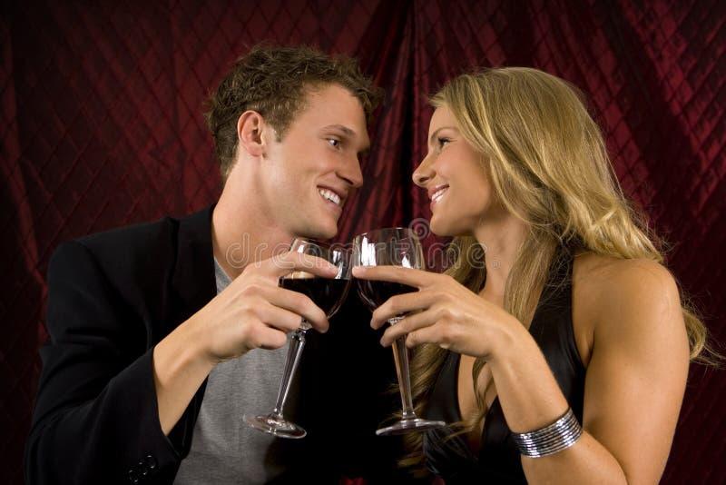 夫妇喝 免版税库存照片