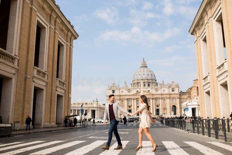 夫妇在罗马 免版税库存照片