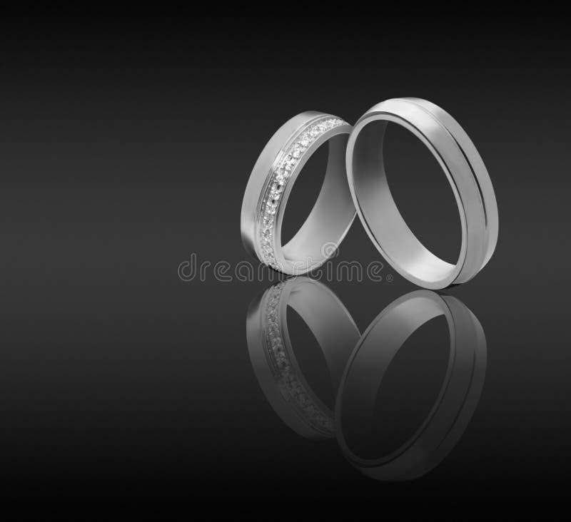 夫妇定婚戒指 免版税图库摄影