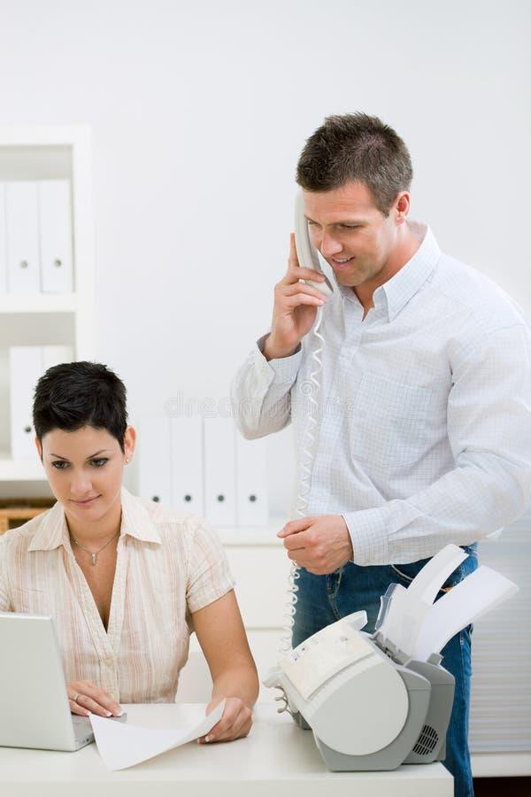 夫妇家庭办公工作 库存照片