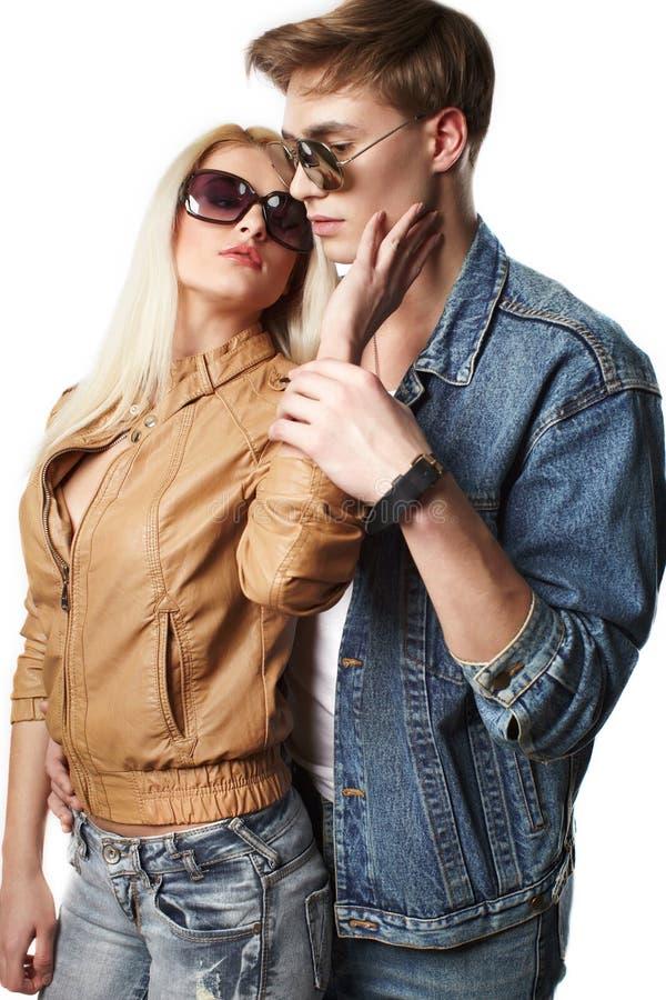 夫妇性感的年轻人 免版税库存照片