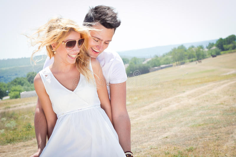 夫妇愉快的一起年轻人 库存照片