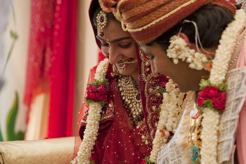 夫妇愉快的印地安人 库存照片