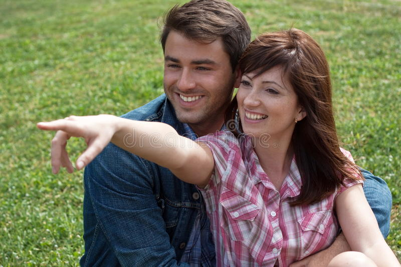 夫妇愉快的年轻人 库存照片
