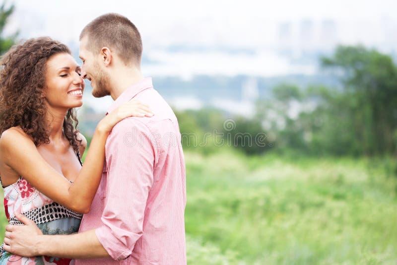 夫妇愉快的纵向 库存照片