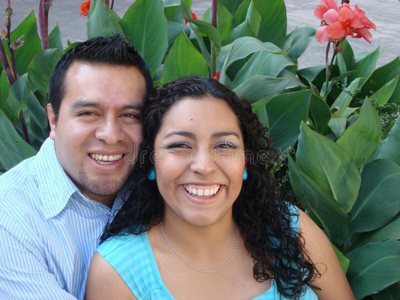 夫妇愉快的西班牙爱年轻人 库存图片