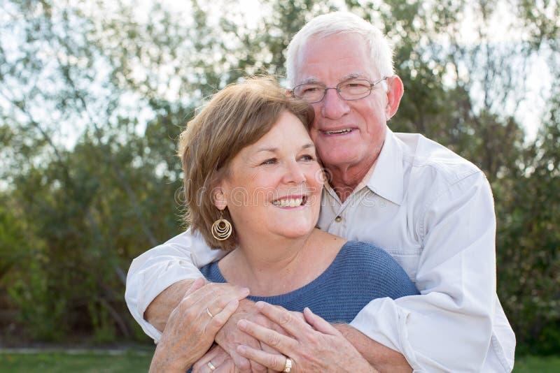 夫妇成熟前辈 免版税库存照片