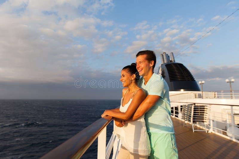 夫妇日出巡航 库存图片
