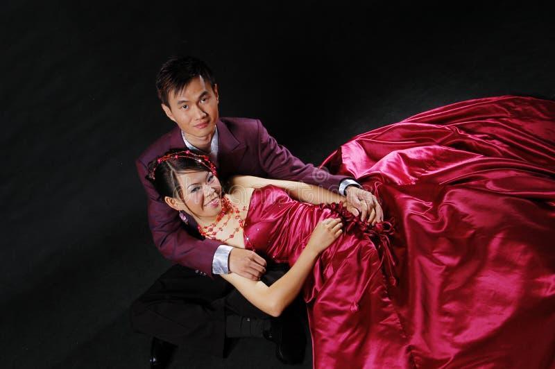 Download 夫妇领巾水晶珠宝附加婚礼 库存照片. 图片 包括有 浪漫, 夫妇, 花卉, 查找, 纵向, beautifuler - 59110060