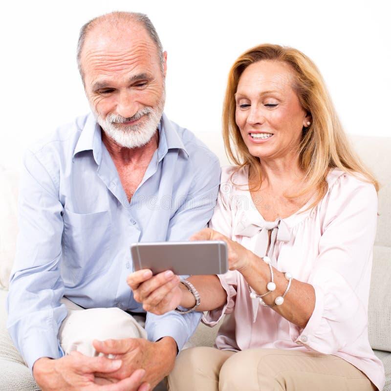 夫妇年长前辈 免版税库存图片