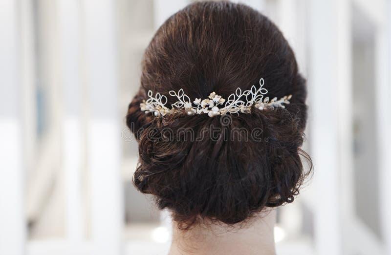 头发首饰新娘 免版税库存图片