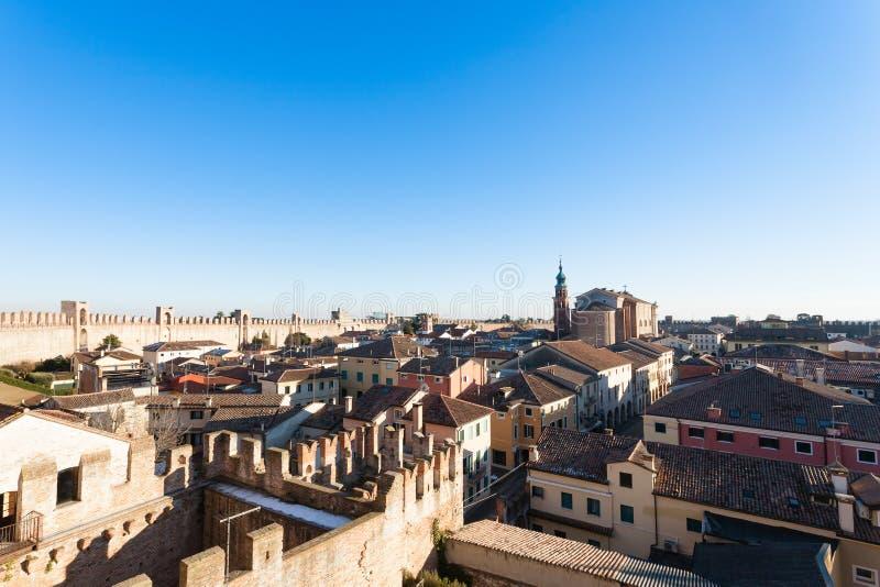 奇塔代拉,被围住的城市看法在意大利 图库摄影