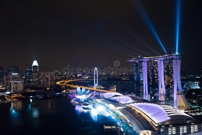 奇迹全光和水在东南亚显示,最大的激光展示 免版税库存图片