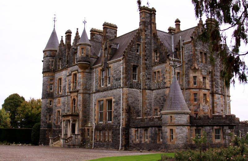奉承城堡房子在爱尔兰 免版税库存图片