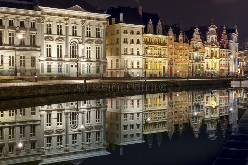 奎伊Korenlei在跟特镇在晚上,比利时 库存图片