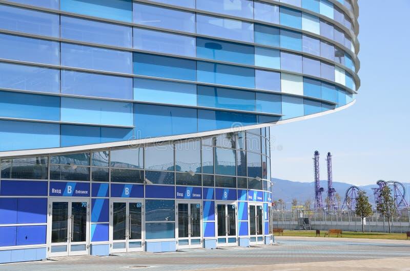 索契,俄罗斯, 2016年3月, 01日,冰宫殿冰山在索契奥林匹克公园 免版税库存图片