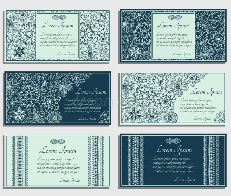 套与棕色佩兹利和花卉元素的蓝色邀请卡片 皇族释放例证