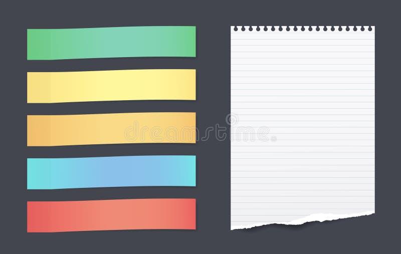 套与被撕毁的被排行的纸板料的五颜六色的水平的稠粘的笔记文本的在黑背景黏附了 向量例证