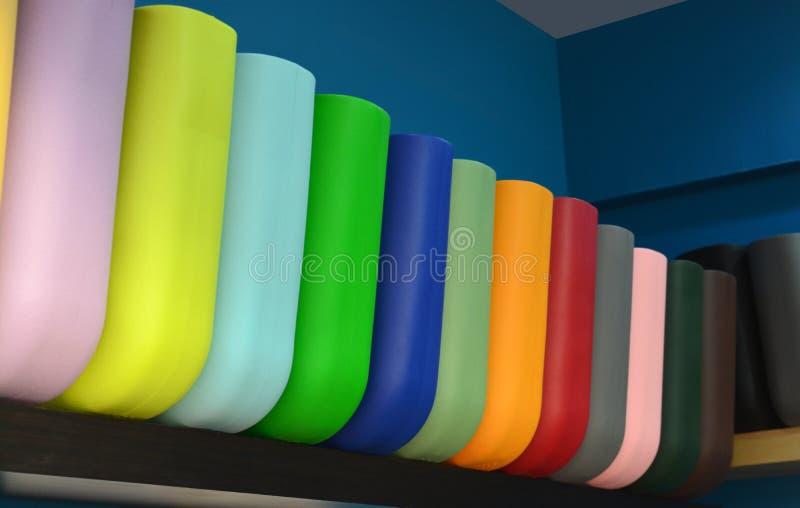 套五颜六色的购物袋 免版税库存照片