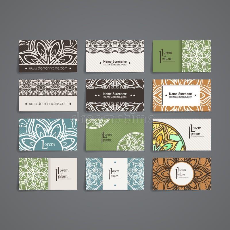 套传染媒介设计模板 与花卉圈子装饰品的名片 坛场样式 库存例证