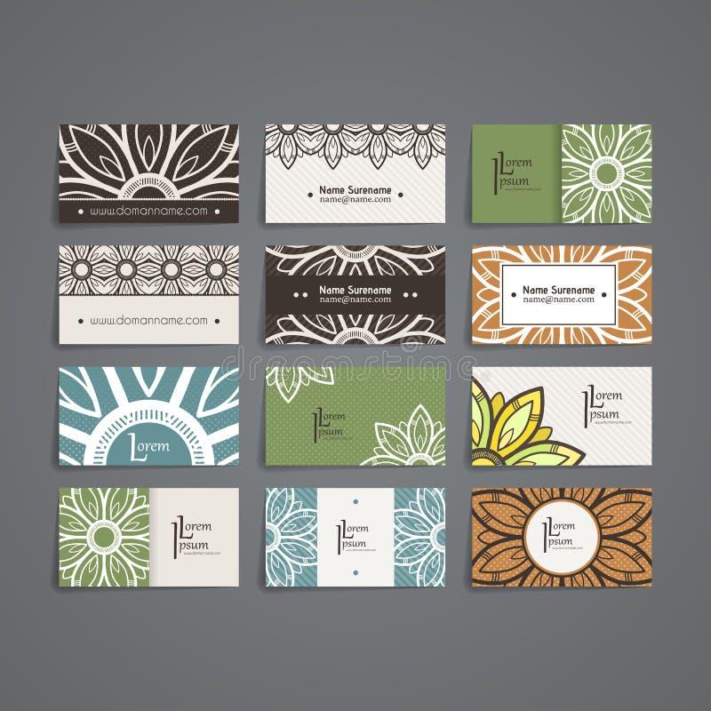 套传染媒介设计模板 与花卉圈子装饰品的名片 坛场样式 皇族释放例证