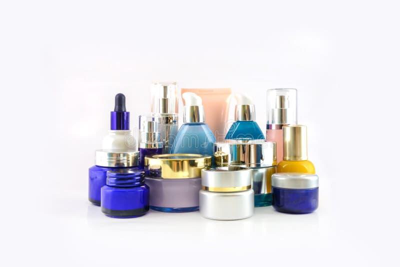 套各种各样的化妆用品 免版税库存照片