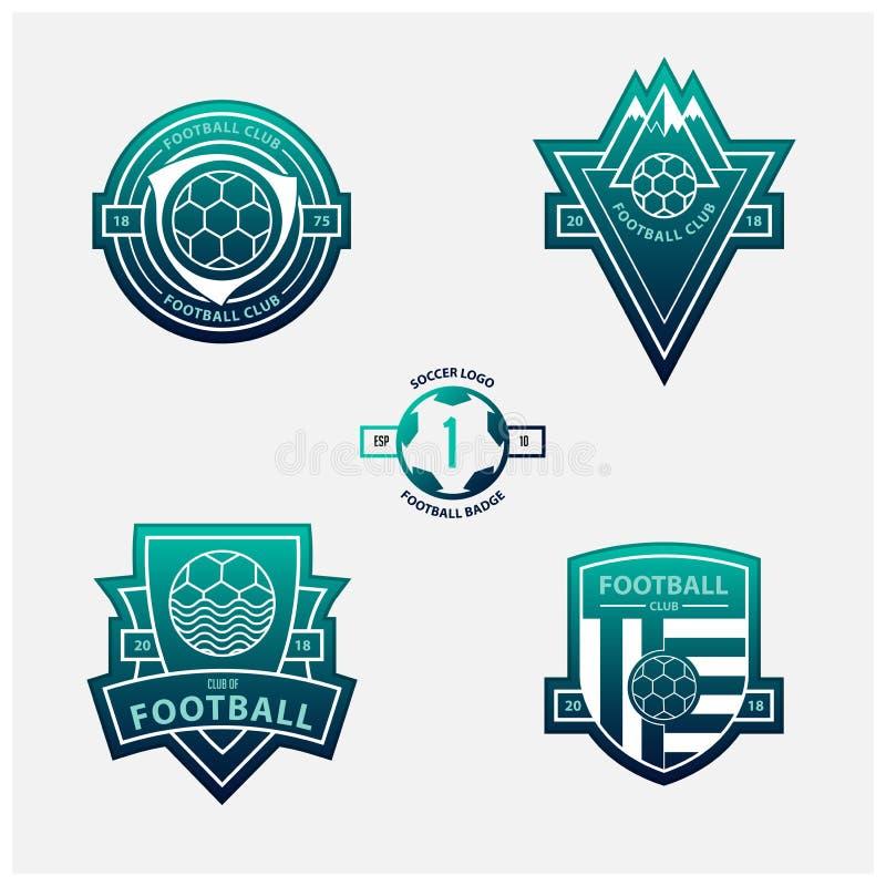 套橄榄球或足球冠和商标 足球在蓝色和绿色梯度背景的平的设计证章 皇族释放例证