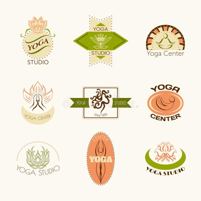 套瑜伽演播室或凝思类的商标 现代健身证章在传染媒介做的收藏 皇族释放例证